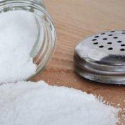 Alimentazione iposodica per acufenici